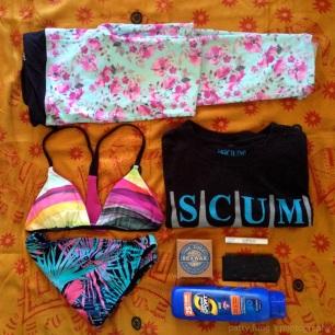 Surf Leggings & Any T-Shirt